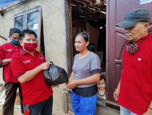 Implementasi Pancasila, PDI Perjuangan Nunukan Beri Sembako