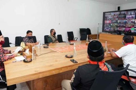 Anas Sarankan Penyediaan APD Libatkan Sektor UMKM