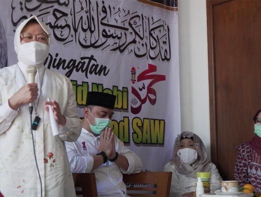 Pilkada Surabaya, Risma Puji Kecekatan Bekerja Eri