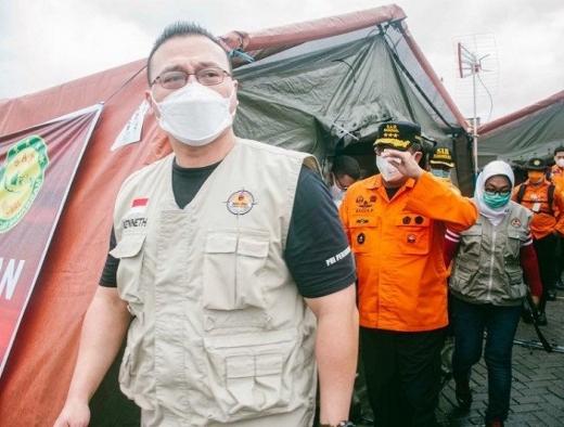 BAGUNA & PDI Perjuangan DKI Gelar Dapur Umum Bantu Evakuasi