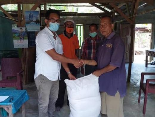 Ansy & BPTP Beri Bantuan Benih Jagung ke Petani Malaka