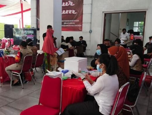 Banteng Dairi Gandeng Projo Vaksinasi Massal Pelajar & Umum