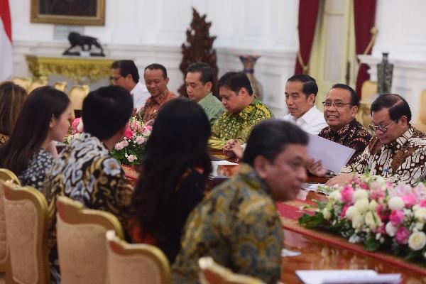 Tingkatkan Ekspor Tekstil, Jokowi Siapkan 'Apparel Park'