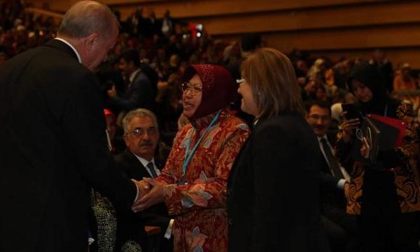 Diundang Erdogan, Risma Jadi Inspirasi Warga Turki