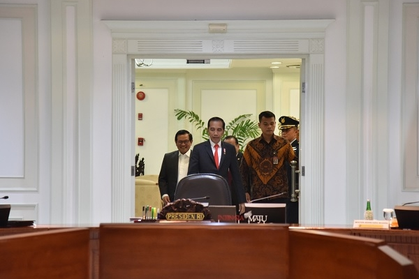 Jokowi Minta TNI, Polri & BIN Sinergi Amankan Akhir Tahun