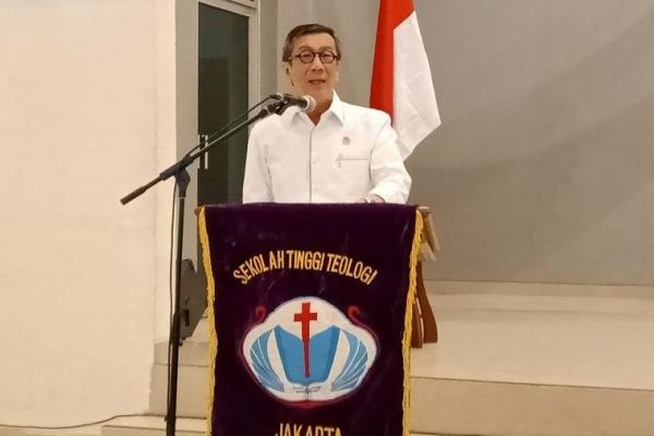 Yasonna Ajak Warga Gereja Aktif Bangun Perlindungan HAM