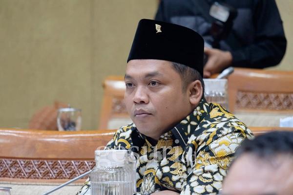 Gus Nabil Ingatkan Pemerintah Jangan Lengah