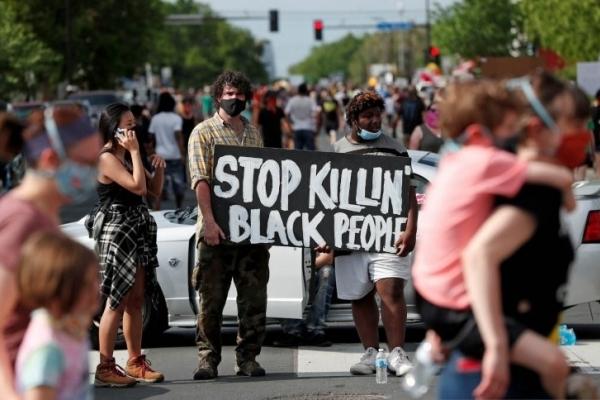 Rasisme AS Dikutuk, Dunia Melawan Populisme Kanan!