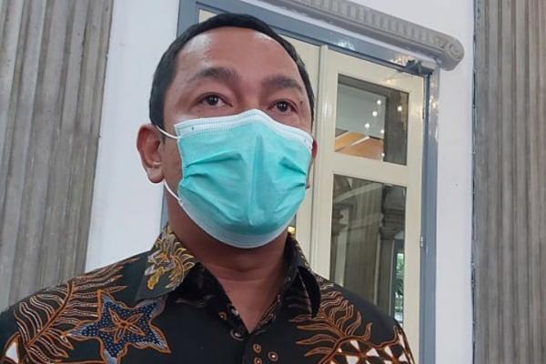 Warga Semarang Hidup Berdampingan Dengan Corona