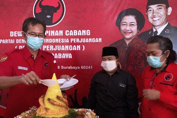 Hari Lahir Bung Karno, Banteng Surabaya Gelar Aksi Sosial