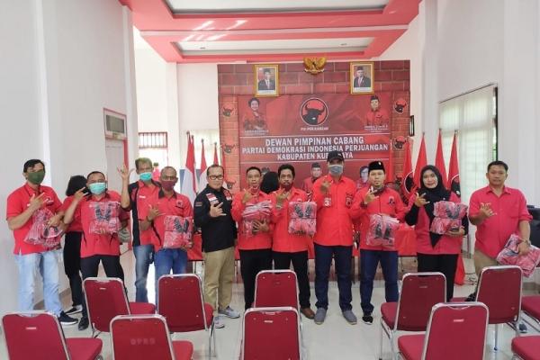 Sujiwo Instruksikan Rekrut Satgas & Bentuk Badan Partai