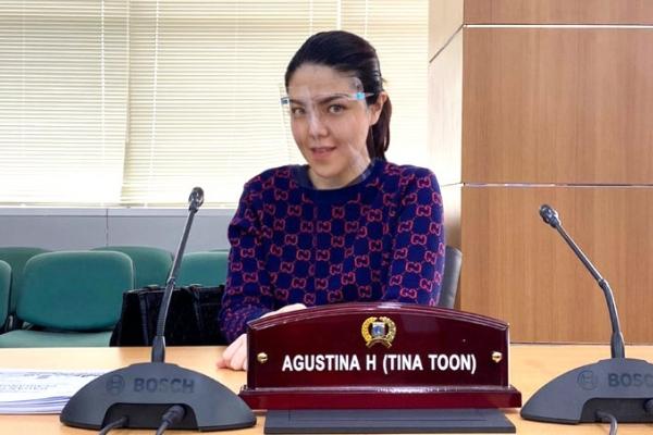 Tina Kritisi Rencana Nadiem Perpanjang PJJ
