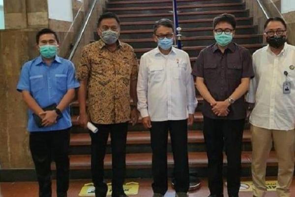 Olly Sukses Menangkan Petambang Rakyat ke Menteri ESDM