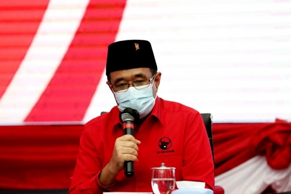 Djarot: Partai Tanpa Ideologi Bak Istana Pasir Tepi Pantai