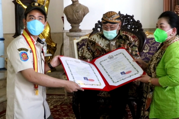 Gibran Dapat Gelar Dari Keraton Kasunanan Surakarta