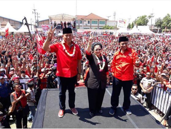 Penyanyi Dangdut Ibu Kota Meriahkan Kampanye Akbar Hasanah