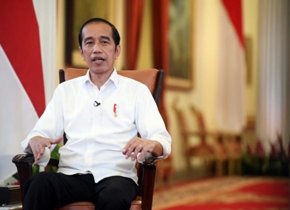 Presiden Jokowi Ajak Mahasiswa Tak Hanya Belajar di Kampus