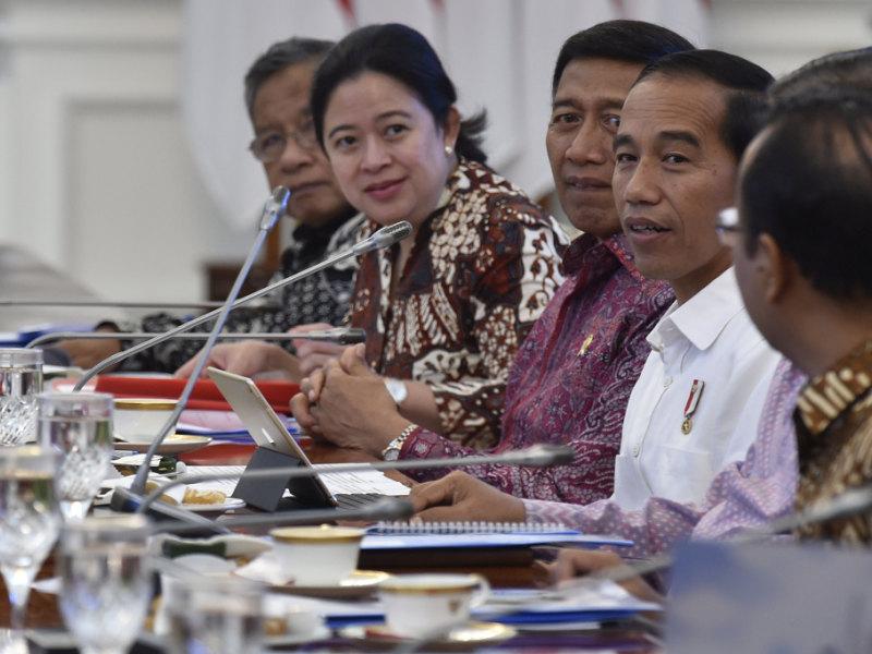 Tingkatkan Investasi, Presiden Pimpin Rapat Terbatas