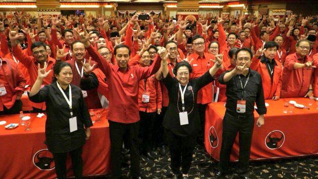 Mega-Jokowi Datang, Hymne PDI Perjuangan Berkumandang
