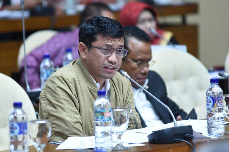 Aneh KPU Larang Pasang Wajah Jokowi dan Bung Karno