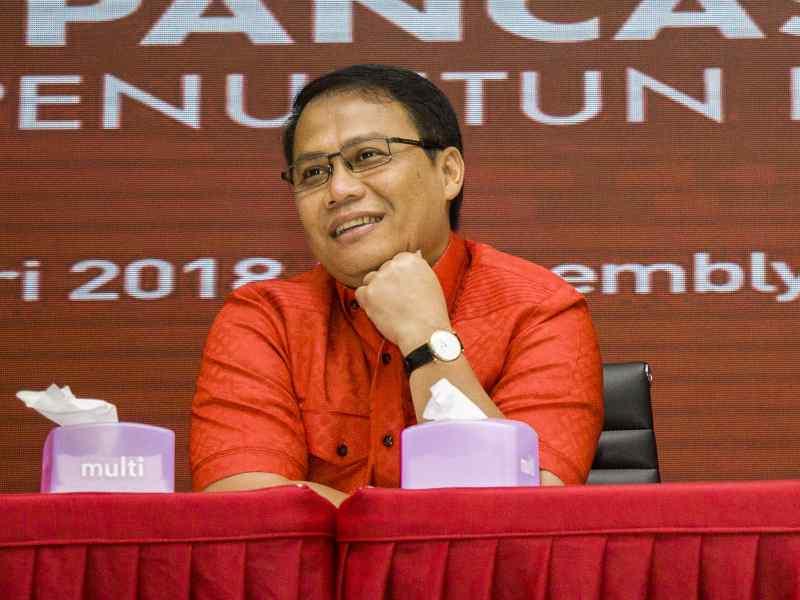 Lebih Akrab dengan Sang Doktor Pancasila Ahmad Basarah