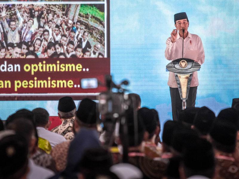 Presiden Jokowi Bantu 40 Mobil untuk Pemeliharaan Masjid