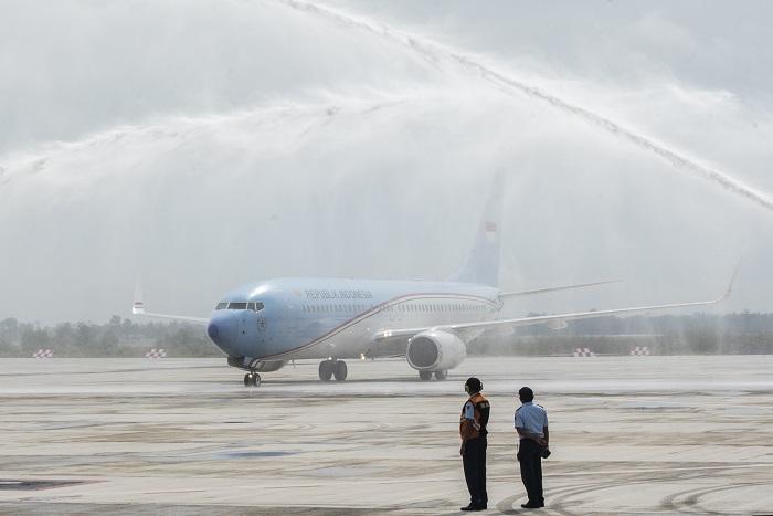 Ketua DPRD Jabar Terharu Bandara Kertajati Dilandasi Pesawat