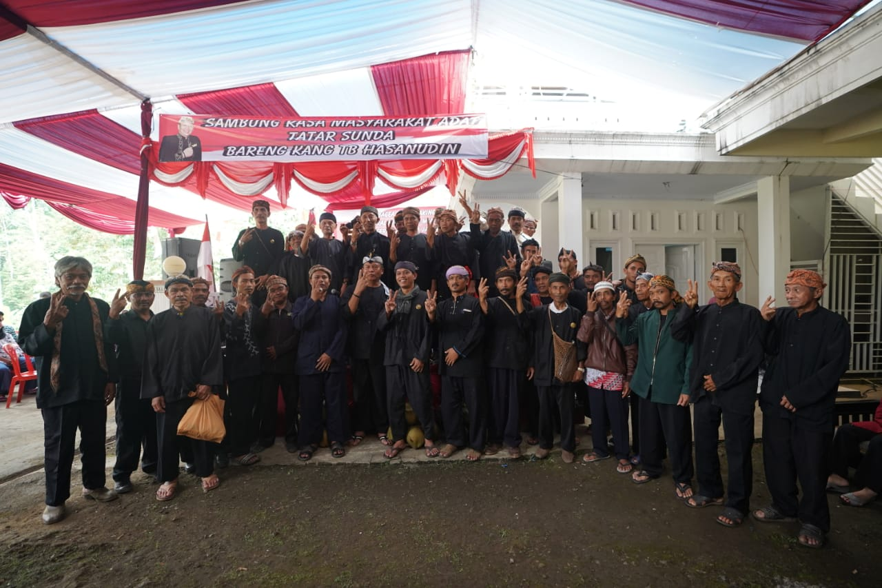 Barisan Olot Masyarakat Adat Jawa Barat Dukung Hasanah