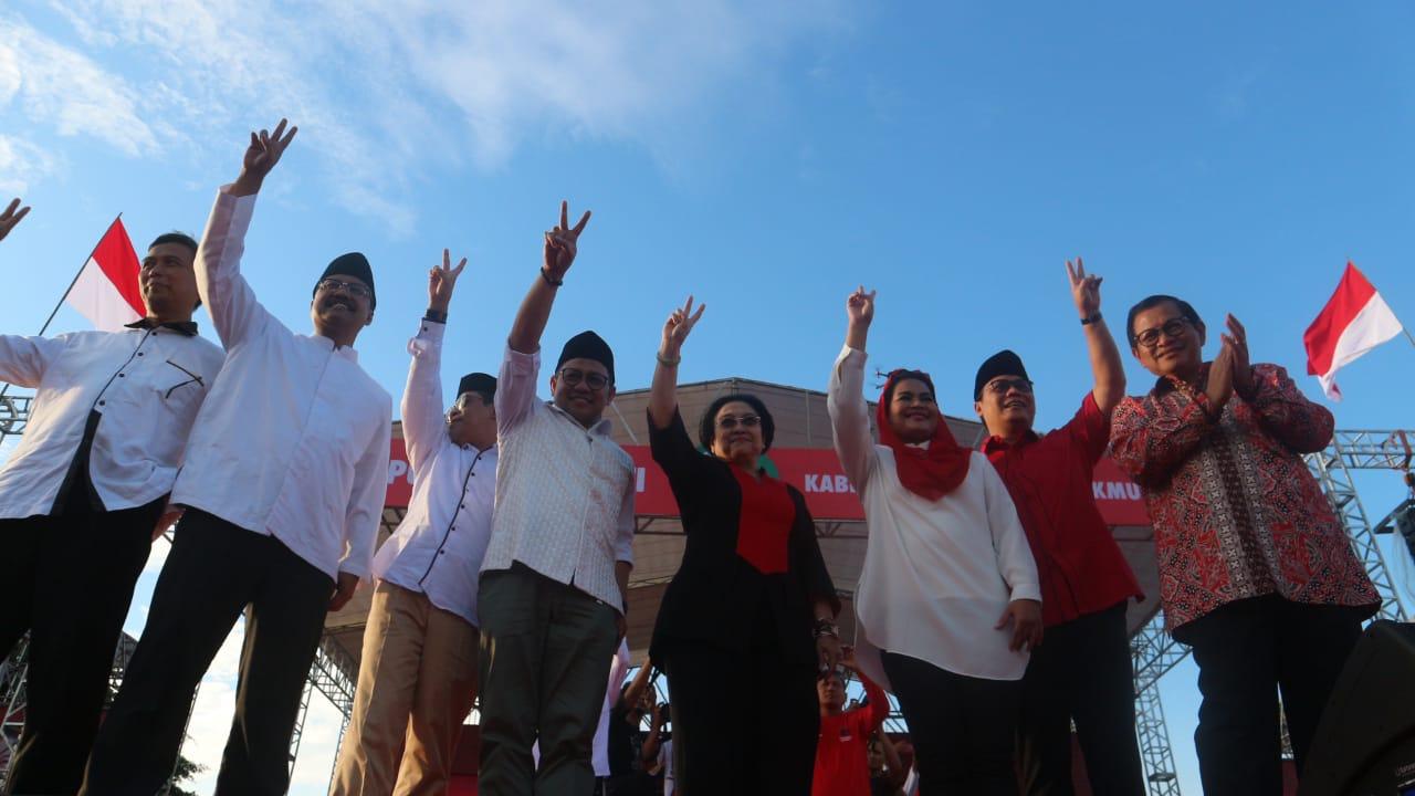 Megawati dan Cak Imin Hadiri Kampanye Akbar Gus Ipul-Puti