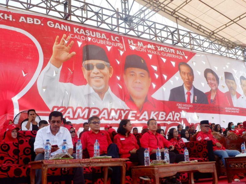 Tutup Masa Kampanye, Pendukung AGK-YA Merahkan Ternate