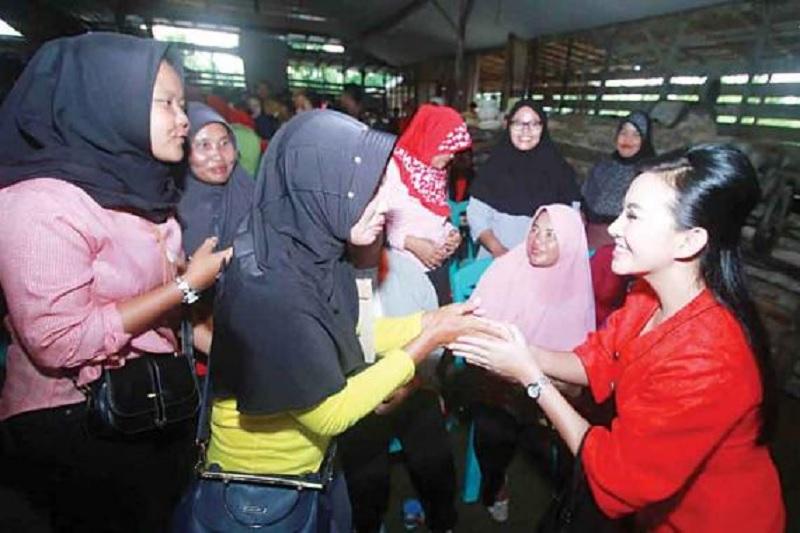 Pasca Pilkada, Karolin Ajak Masyarakat Jalin Silaturahmi