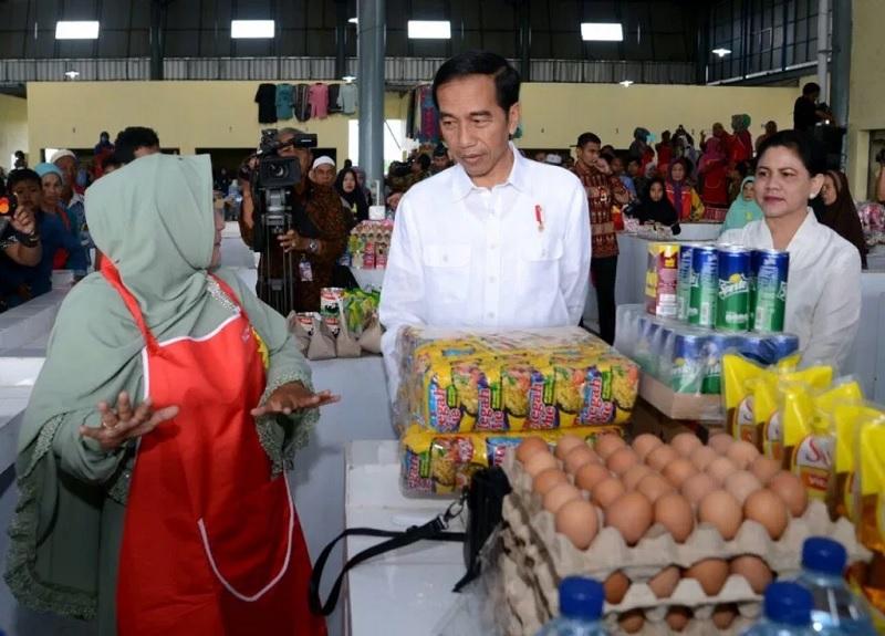 Jokowi Minta Koperasi Gunakan Medsos dan E-commerce