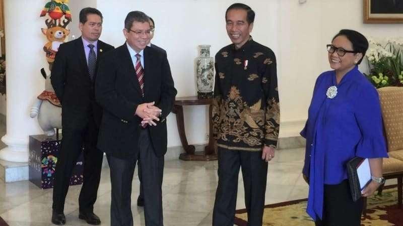 Jokowi dan Menlu Malaysia Bahas Perbatasan Negara hingga TKI