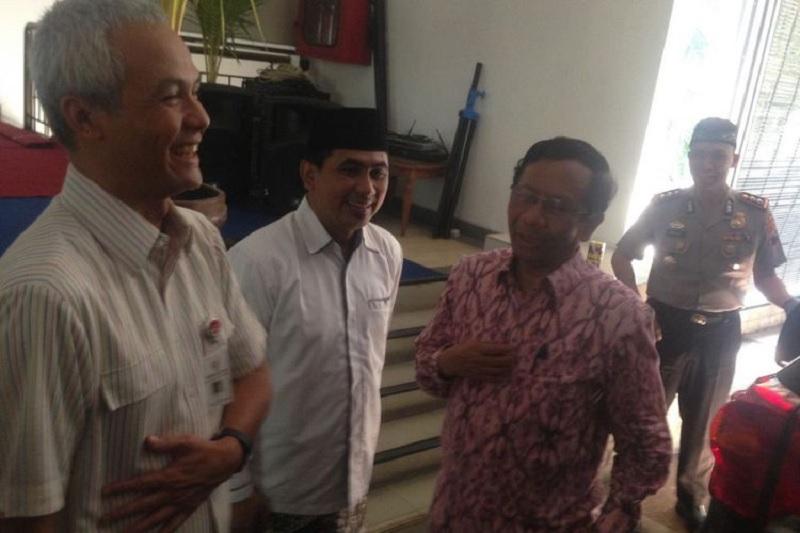 Ganjar Pranowo Ajak Mahfud MD Makan Siang