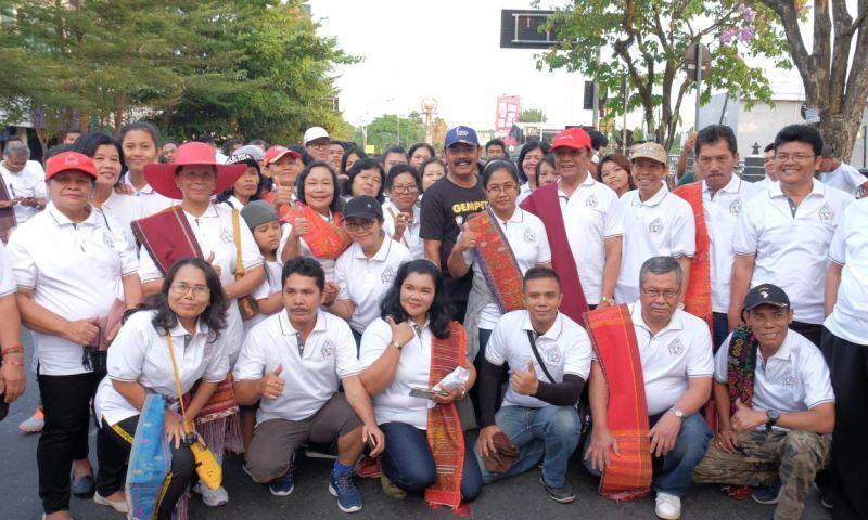 Rudy Lepas Jalan Sehat Masyarakat Batak Solo