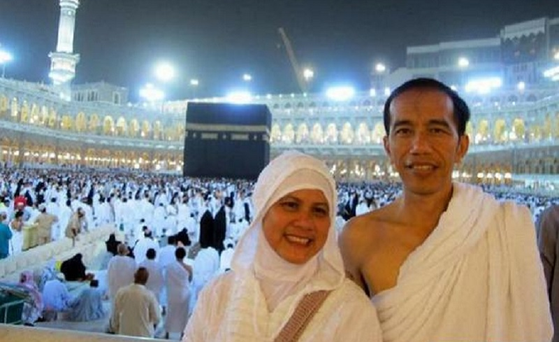 Redam Politik, Jokowi Unggah Pengalaman Haji di Instagram