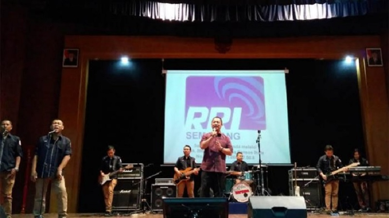 Gelar Konser Amal NTB, Wali Kota Hendi Jadi Biduan