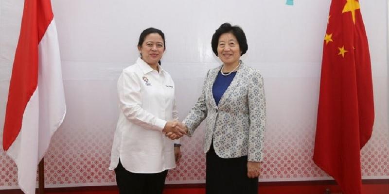Puan Bertemu dengan Utusan Presiden Tiongkok