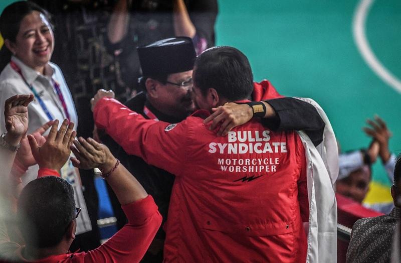 Pelukan Jokowi-Prabowo dan Pahlawan Itu Bernama Hanifan
