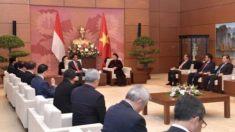 Presiden Sampaikan 3 Isu Ini Saat Bertemu Parlemen Vietnam