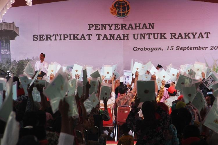 Jokowi: Tahun Depan 100 Ribu Lahan di Grobogan Bersertifikat