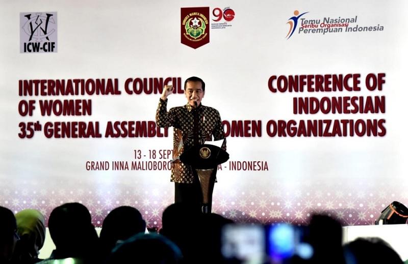 Presiden Serukan Perempuan Indonesia Jadi Ibu Bangsa