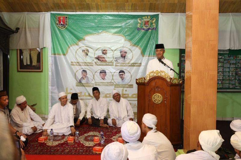 Ganjar: Potensi Wisata Religi Jateng Luar Biasa
