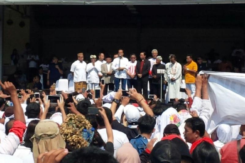 Jokowi Minta Timses Stop Kampanye Selama Berkabung