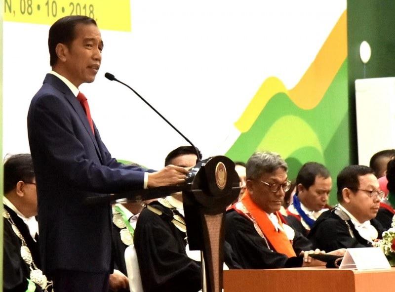 Presiden Jokowi Semangati Mahasiswa Bangkit Berwirausaha