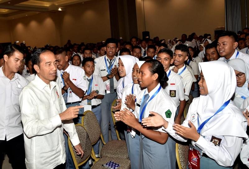Presiden Jokowi Dorong Pemuda Berani Hadapi Tantangan