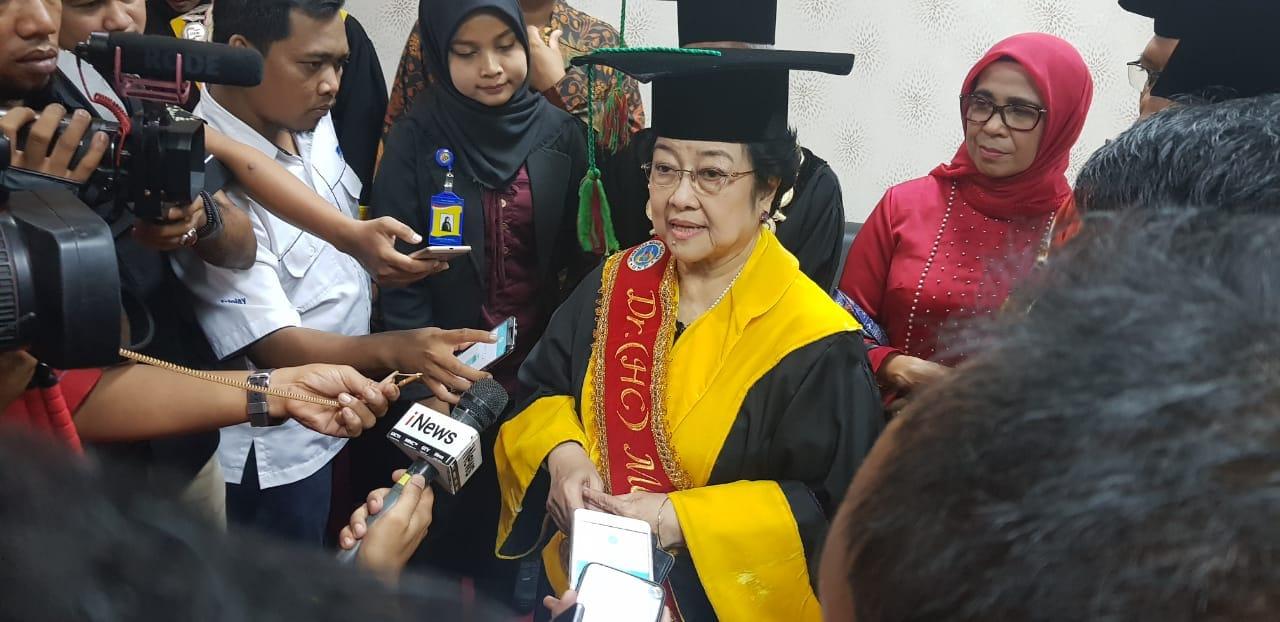 Megawati Prihatin akan Jatuhnya Pesawat Lion Air