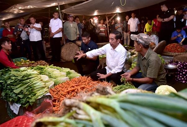 Presiden Tengah Malam ke Pasar Bogor, Pastikan Harga Stabil