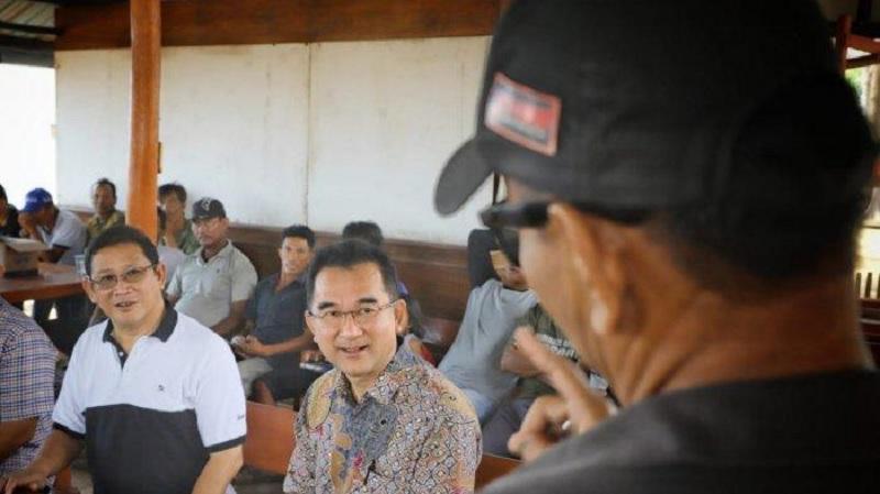 Selalu Ingin Bantu Nelayan, Rudianto Berikan Alat Tangkap