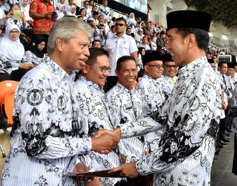 Presiden Apresiasi Peran Guru Jaga Moral Anak Bangsa